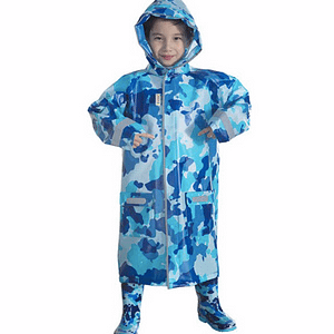 Children's camouflage raincoat
